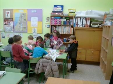 Coloring in the public school