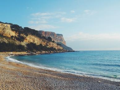 Cassis shores